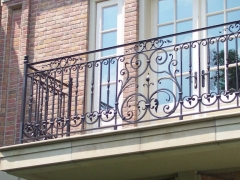 custom-wrought-iron-exterior-railing-16