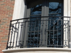 custom-wrought-iron-exterior-railing-4