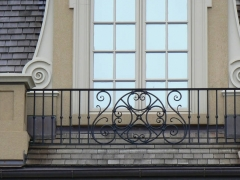 custom-wrought-iron-exterior-railing-43