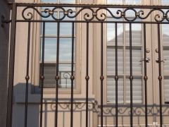 custom-wrought-iron-exterior-railing-47