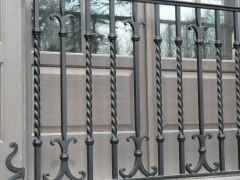custom-wrought-iron-exterior-railing-67