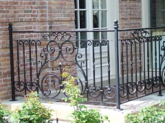 custom-wrought-iron-exterior-railing-15
