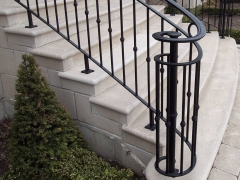 custom-wrought-iron-exterior-railing-41