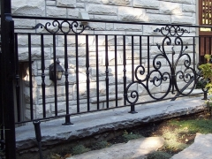 custom-wrought-iron-exterior-railing-9