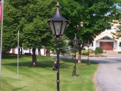 wrought-iron-lamp-lamppost-light-fixture-3