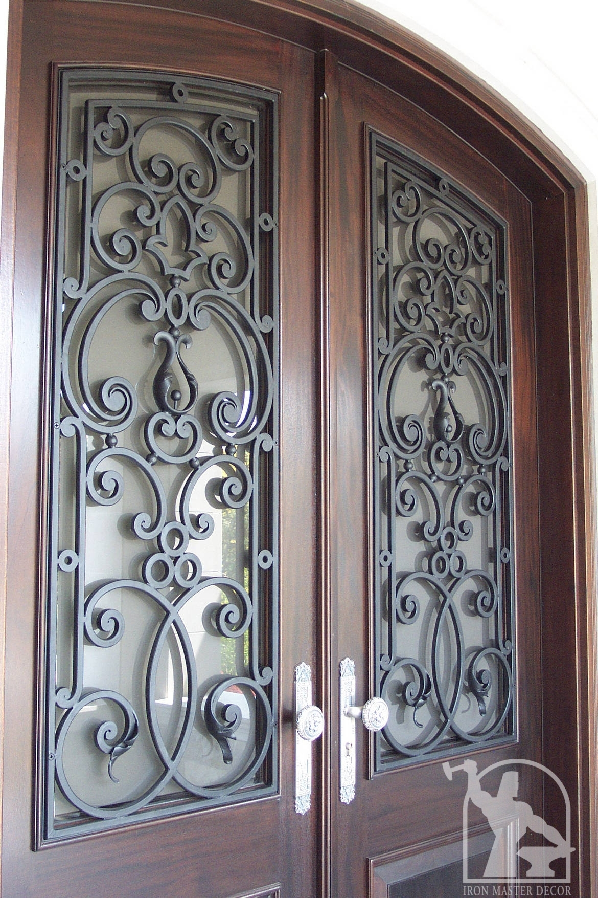 Wrought iron front door photo gallery iron master for Decorative entrance doors