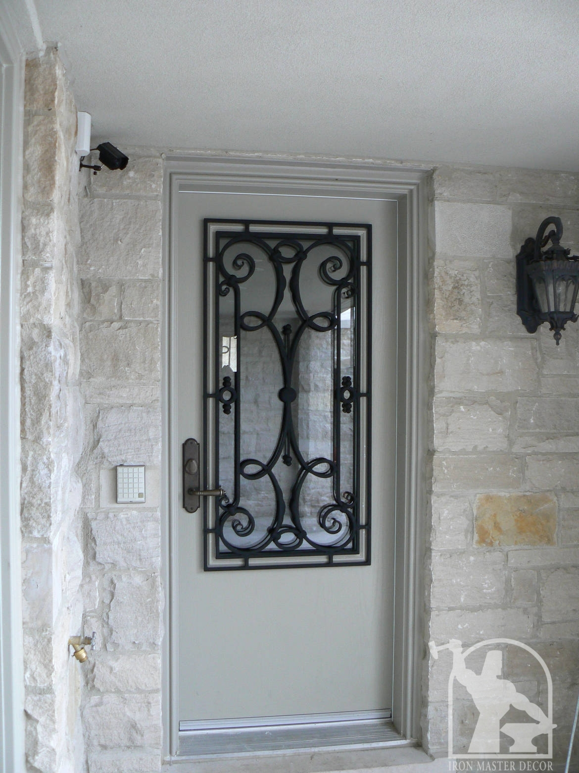 Wrought iron front door photo gallery iron master wrought iron door grill insert 6 rubansaba