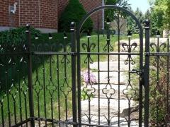 custom-wrought-iron-exterior-railing-29