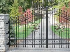 wrought-iron-driveway-gate-34