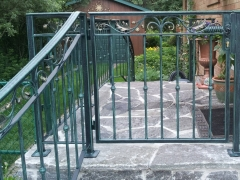 wrought-iron-walk-gate-forged-10