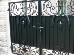 wrought-iron-walk-gate-forged-4
