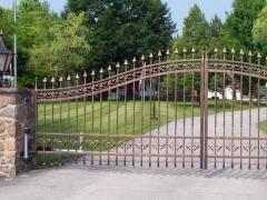 wrought-iron-driveway-gate-10
