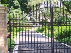 wrought-iron-driveway-gate-12
