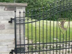 wrought-iron-driveway-gate-18