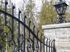 wrought-iron-driveway-gate-2