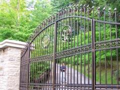wrought-iron-driveway-gate-27
