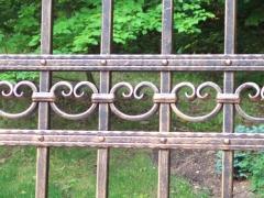 wrought-iron-driveway-gate-29