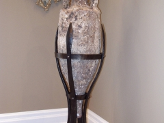 forged-vase-stand-holder
