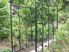 wrought-iron-trellis-arbor-4