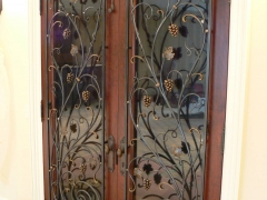 wrought-iron-wine-cellar-door-grill-7