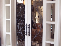 wrought-iron-wine-cellar-door-grill-8